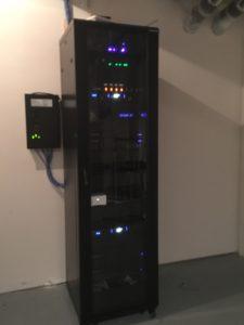 Electronics rack, media rack